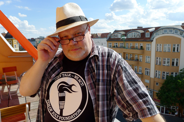 "Henrik ""HAX"" Alexandersson, blogger for 5th of July Foundation. Photographed by Karl Andersson in Berlin on 6th of July 2014. CC BY-SA 3.0."